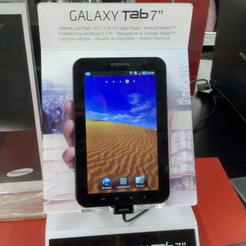 Mini recensione Samsung Galaxy Tab - Confronto iPad e Samsung Galaxy Tab